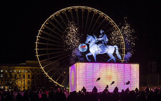 Statut Louis XIV Bellecour nuit