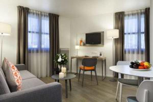 Salon (living room) lyon bleu